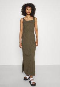 Vero Moda - VMADAREBECCA ANKLE DRESS - Maxi dress - ivy green - 0