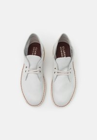 Clarks Originals - DESERT BOOT - Casual lace-ups - white - 3