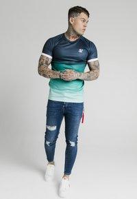 SIKSILK - DISTRESSED FLIGHT - Jeans Skinny Fit - light blue - 1