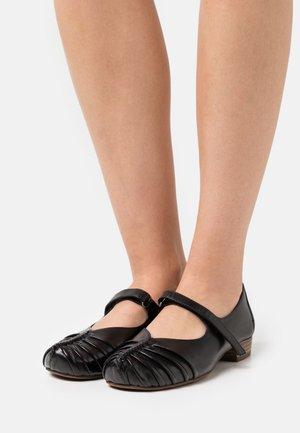 Bailarinas con hebilla - black