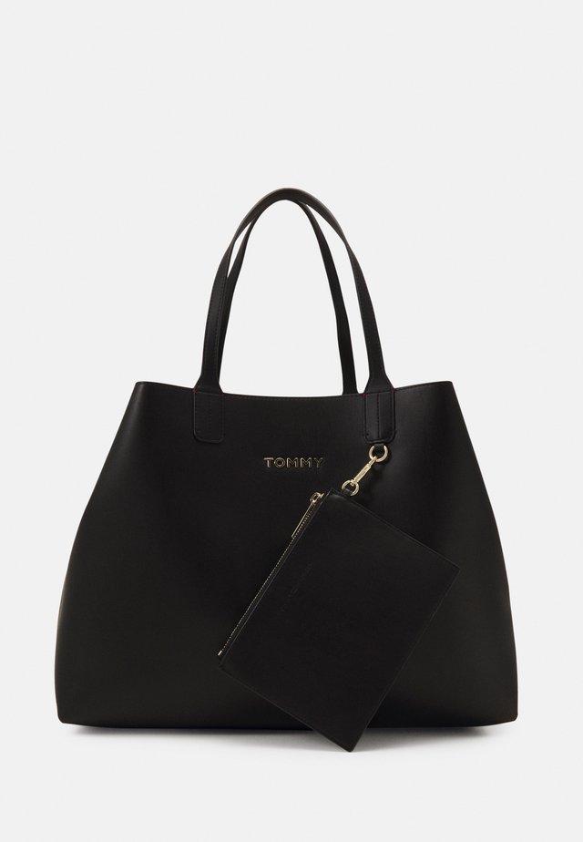 ICONIC TOTE SET - Velká kabelka - black
