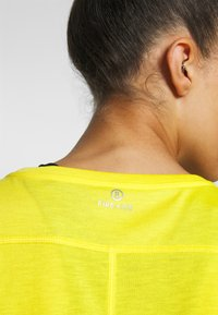 Bogner Fire + Ice - EVIE - T-shirt basic - yellow - 5