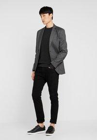 Pier One - Stickad tröja - mottled dark grey - 1