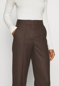 Marc O'Polo PURE - WIDE LEG PANTS HIGH WAISTED PINTUCKS - Trousers - mocca brown - 5