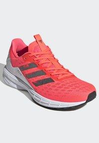 adidas Performance - SL20 SHOES - Löparskor stabilitet - pink - 4