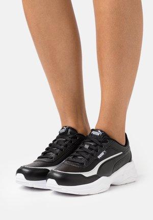 CILIA MODE LUX - Baskets basses - black/silver