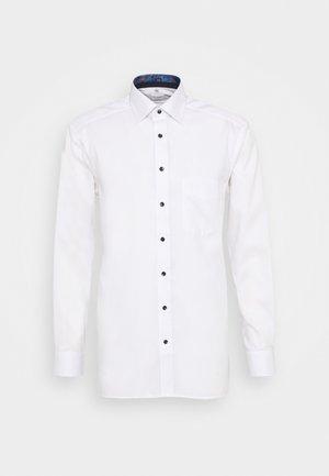 LUXOR  - Koszula biznesowa - white