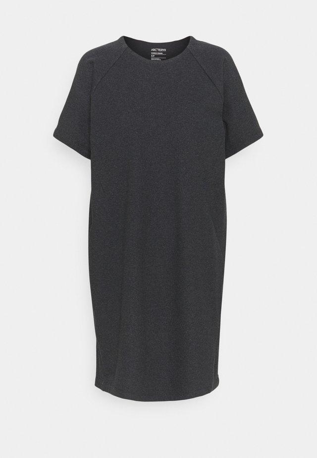 MOMENTA DRESS WOMENS - Vestito di maglina - black heather