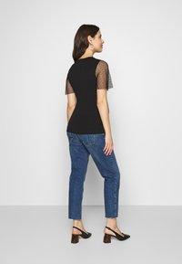 Topshop Maternity - 32'STRAIGHT CLEAN - Straight leg jeans - blue denim - 2