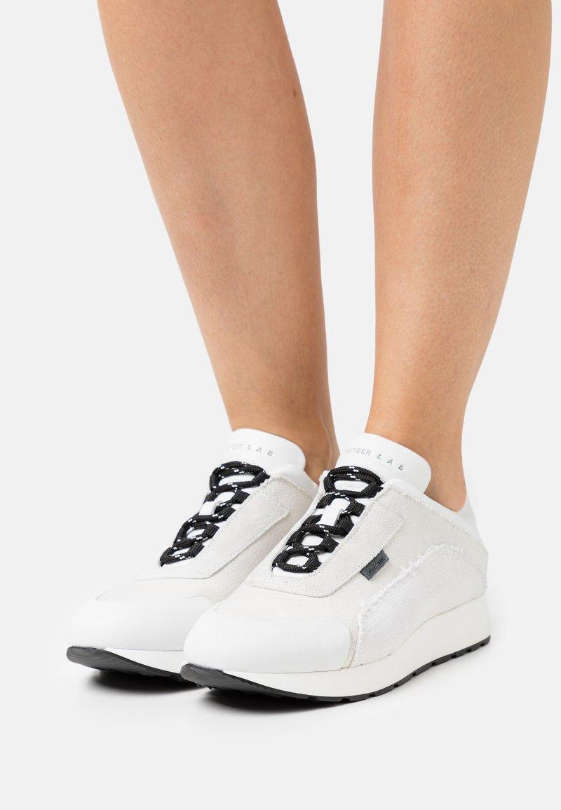 Greyder Lab - Zapatillas - white