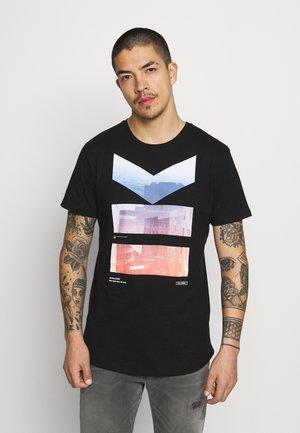 JCOSCAN TEE CREW NECK - Print T-shirt - black