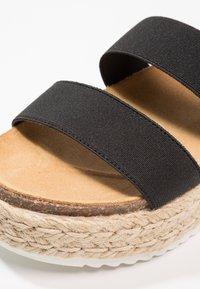 Steve Madden - KIMMIE - Platform sandals - black - 2