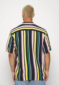 Jack & Jones - JORTEDDY - Camisa - navy blazer - 2