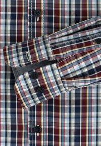 Casamoda - COMFORT FIT - Shirt - rot - 3