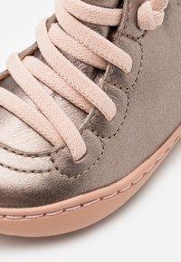 Camper - PEU CAMI - Dětské boty - light beige - 5