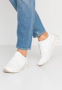 Geox - SUKIE - Zapatillas - white - 0
