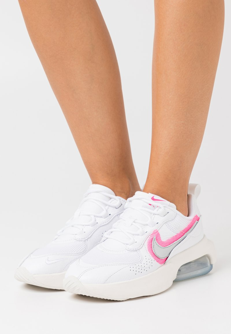 Nike Sportswear - AIR MAX VERONA - Trainers - mystic stone/pink blast/olive grey/light bone/lucky green