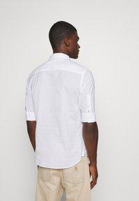 AllSaints - FULLER - Shirt - white - 2