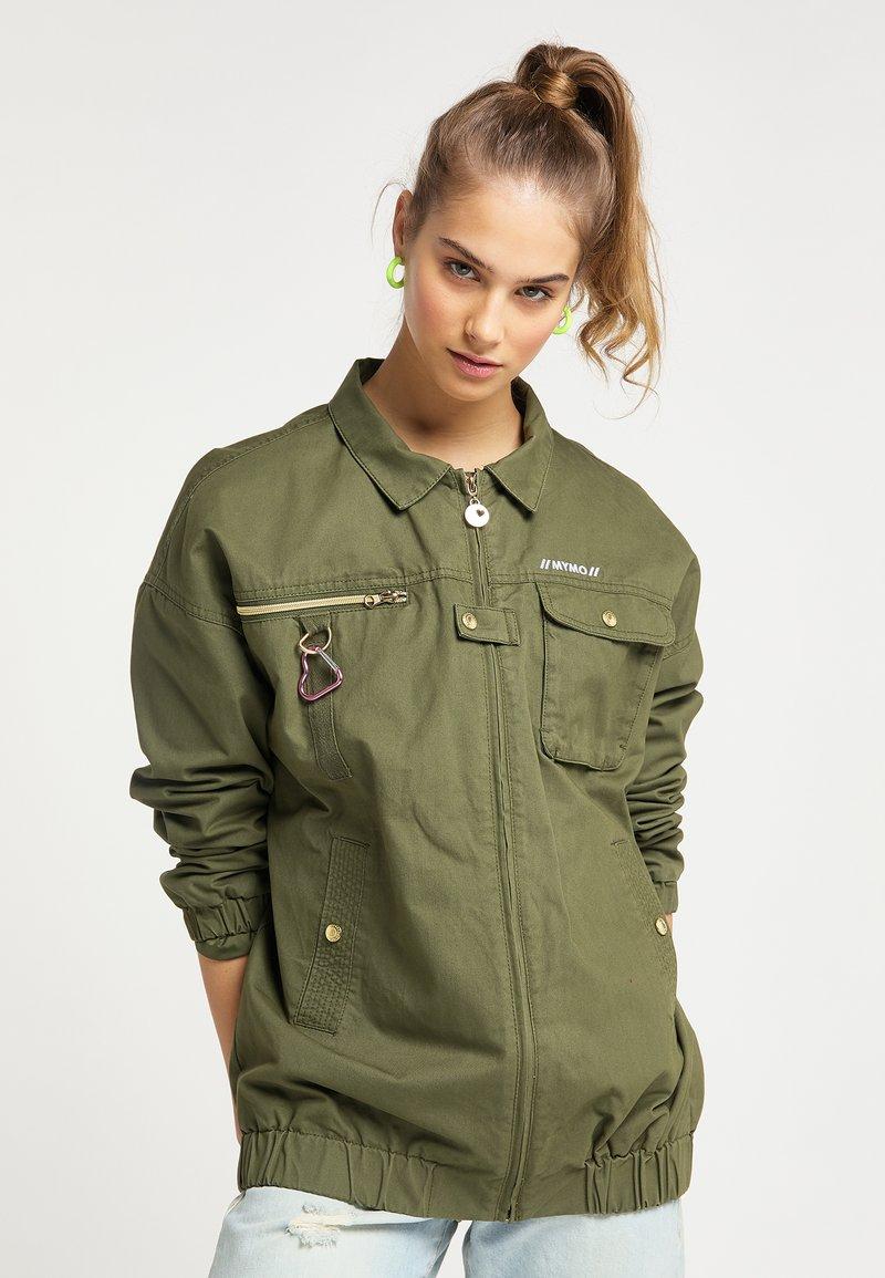 myMo - Light jacket - militär grün