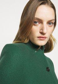 CLOSED - PURE PORI - Classic coat - green - 5
