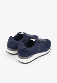 Scalpers - SKULL  - Trainers - navy - 3