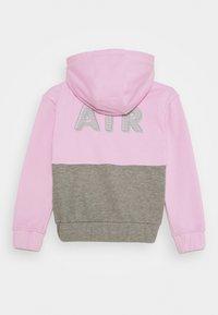 Nike Sportswear - NIKE AIR - Hoodie met rits - arctic pink - 1