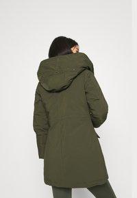 Canadian Classics - LANIGAN TECH - Zimní kabát - army - 3