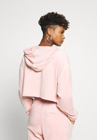 adidas Originals - CROPPED - Bluza z kapturem - pink spirit - 2