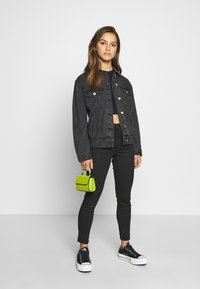 Missguided Petite - JACKET - Denim jacket - black - 1