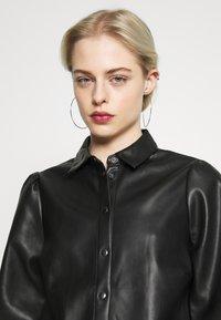 Vero Moda - VMSERENA SHIRT - Camisa - black - 3