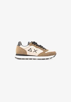 Z41101/ 77 - Sneakers laag - beige