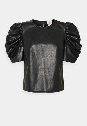 ERIN - Printtipaita - black