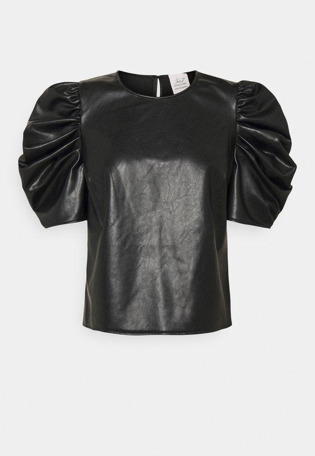 ERIN - Print T-shirt - black