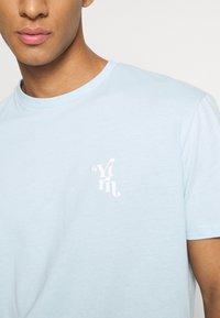 YOURTURN - UNISEX - T-shirt med print - light blue - 5