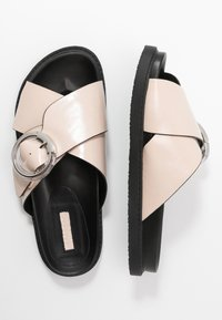 Topshop Wide Fit - WIDE FIT PEDRO FOOTBED - Mules - natural - 3