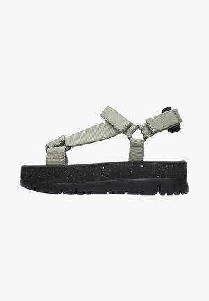 ORUGA UP - Korkeakorkoiset sandaalit - grün