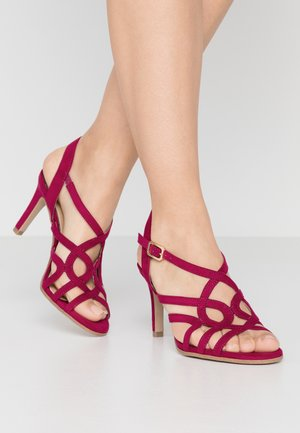 Sandály na vysokém podpatku - cranberry