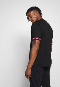 HUGO - DERRA - T-Shirt print - black - 2