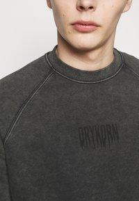 DRYKORN - FLORENZ FADE - Sweatshirt - grey - 7