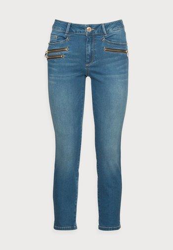 BERLIN SATIN JEANS - Slim fit jeans - blue