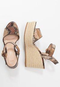 PARFOIS - Sandály na vysokém podpatku - multicolor/brown - 3