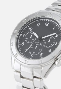Topman - CHUNKY LINK WATCH - Watch - silver-coloured - 5