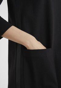 MAX&Co. - COPPA - Jerseykjoler - black - 3