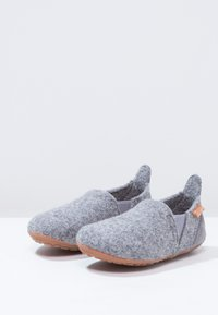 Bisgaard - SAILOR HOME SHOE - Slippers - grey - 2