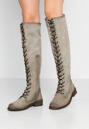 GREDO - Kozačky nad kolena - pardo