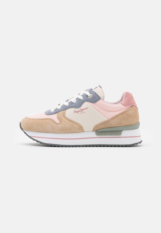 RUSPER YOUNG - Zapatillas - pale pink