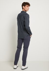 Selected Homme - SLHSLIM - Overhemd - dark blue - 2