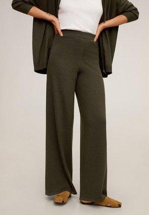 Pantalones - kaki