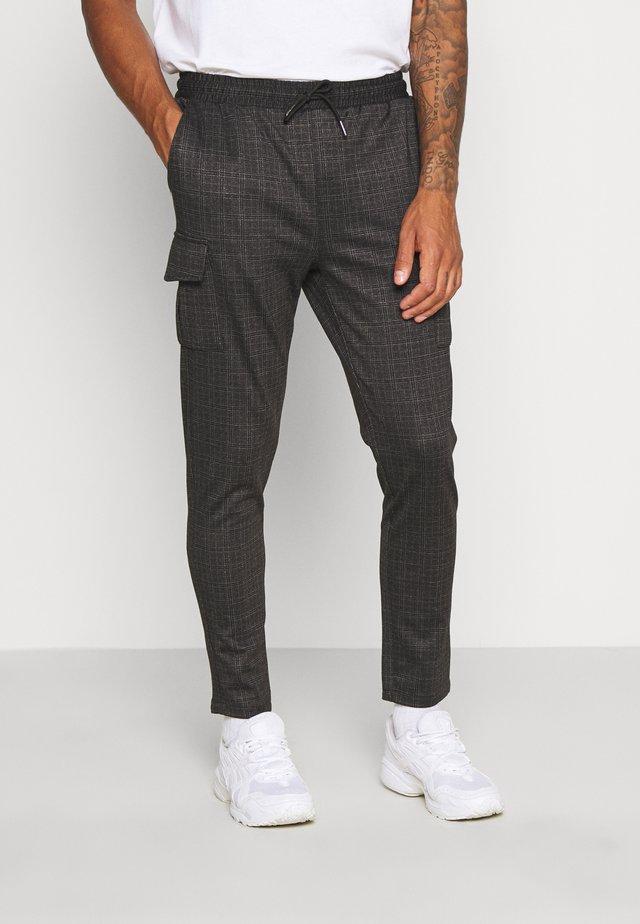 ROCKER - Teplákové kalhoty - dark grey