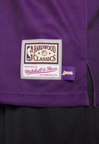 Mitchell & Ness - NBA LA LAKERS BIG FACE LAKERS  - Article de supporter - purple - 5